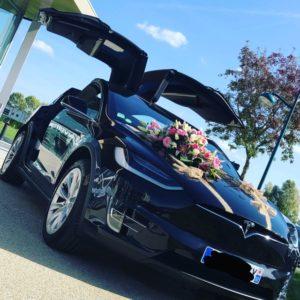 Tesla model X luxe, taxi driver  chauffeur privé le mans mariage anniversaire taxi privé chauffeur privé